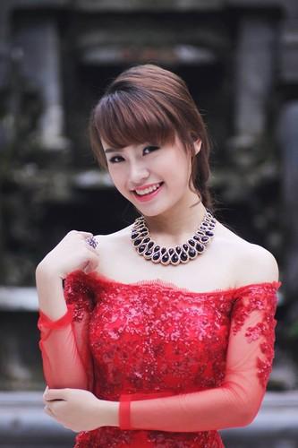 """Hot girl """"con nha nguoi ta"""" xinh dep va da tai-Hinh-10"""