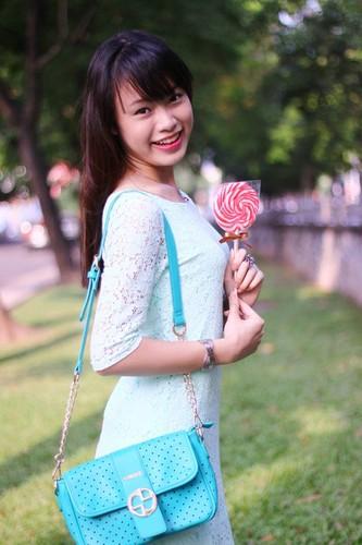 """Hot girl """"con nha nguoi ta"""" xinh dep va da tai-Hinh-2"""