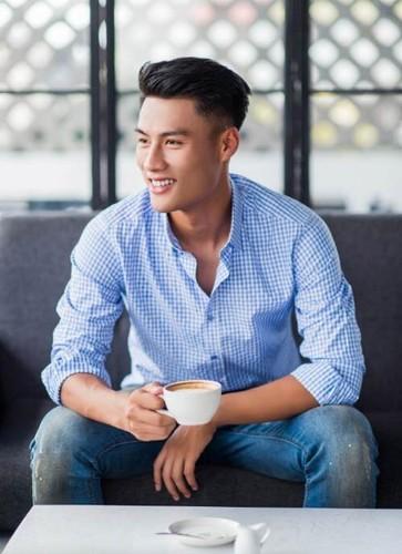 Khong duoc goi len DT Viet Nam, Mac Hong Quan chuyen nghe?-Hinh-6