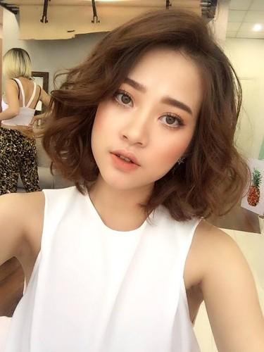 Nhan sac co nang 9X giong het hot girl Chi Pu-Hinh-3