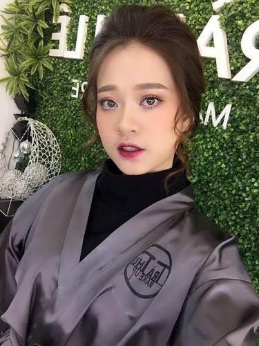 Nhan sac co nang 9X giong het hot girl Chi Pu-Hinh-5