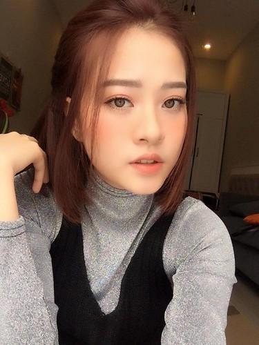 Nhan sac co nang 9X giong het hot girl Chi Pu