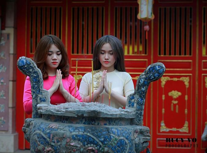 Lang Ong Chieu - dia diem chup anh ao dai Tet