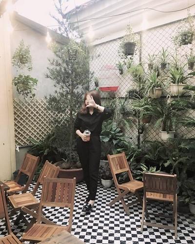 Ngau Coffee: Dia diem check-in day thu vi cua gioi tre thanh Vinh-Hinh-5