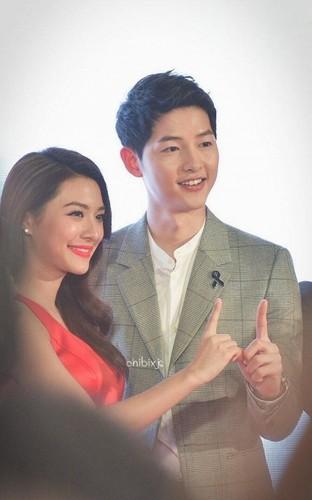 Bo Song Hye Kyo o Han, Song Joong Ki sang Thai gap my nhan-Hinh-2