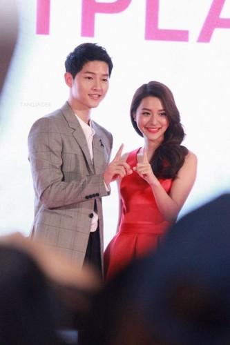 Bo Song Hye Kyo o Han, Song Joong Ki sang Thai gap my nhan-Hinh-3
