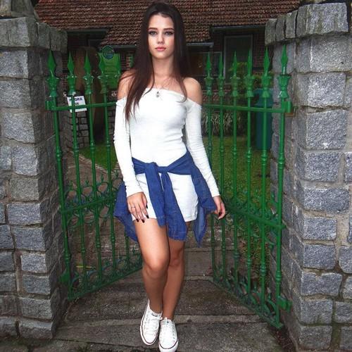 """Hot girl 15 tuoi """"day thi thanh cong"""" khien dan mang tram tro-Hinh-8"""