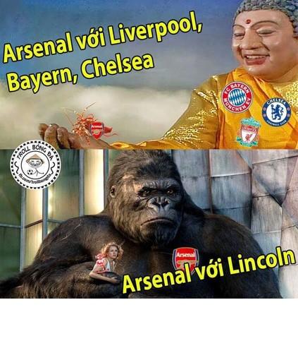 Anh che bong da: Arsenal hoa Kong truoc doi bong nho-Hinh-4