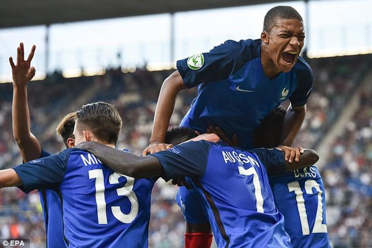 DTVN doi dau dan sao tre League 1 tai U20 World Cup
