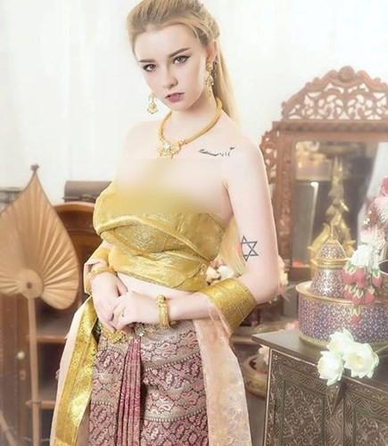 """Choang vang hinh anh mung tuoi 18 cua """"Nu than Thai Lan"""""""