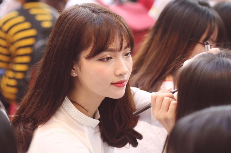 Hot girl cap 3 Ha thanh xinh dep hop hon dan mang-Hinh-10