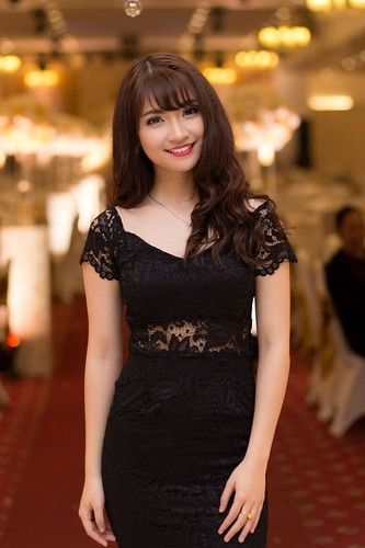 Hot girl cap 3 Ha thanh xinh dep hop hon dan mang-Hinh-7