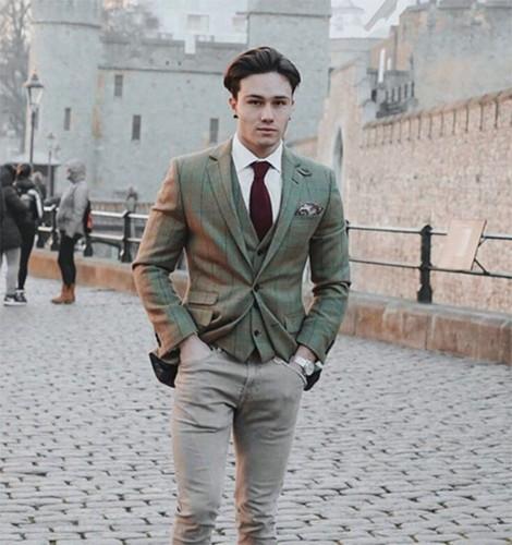 Trai dep lam loan Instagram nho than hinh chuan 6 mui-Hinh-7