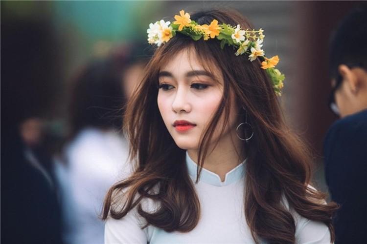 Hot girl DH Xay dung lai gay bao voi buc anh la-Hinh-5