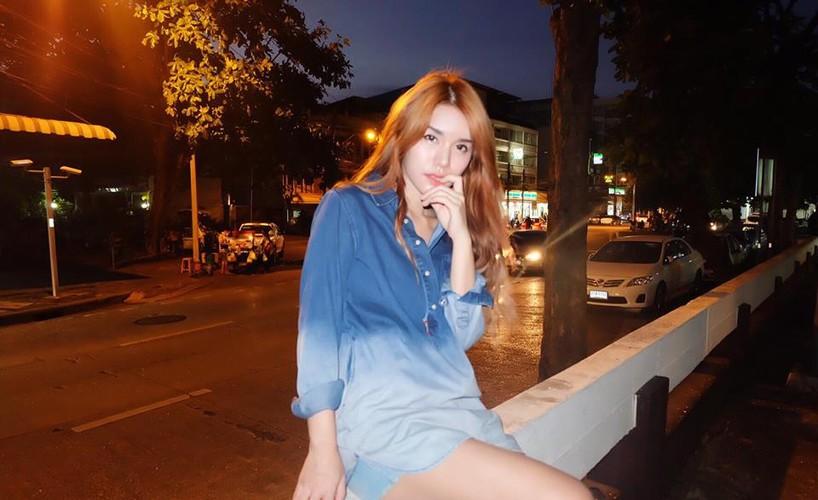 "Hot girl ban do an vat ""len doi"" sau khi noi tieng-Hinh-3"