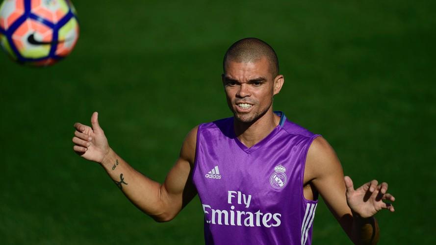 Chuyen nhuong bong da moi nhat: Gareth Bale co gia 120 trieu Euro-Hinh-4