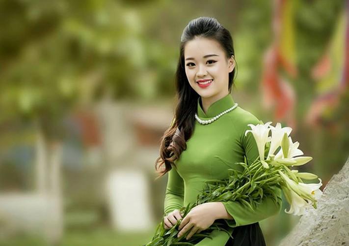 Ve dep hut hon cua nu sinh DH Phong chay chua chay-Hinh-4