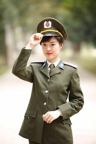 Ve dep hut hon cua nu sinh DH Phong chay chua chay-Hinh-5