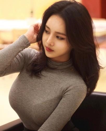 "Hot girl vong mot sieu khung khien bao nguoi ""mat ngu""-Hinh-5"