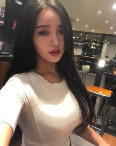 "Hot girl vong mot sieu khung khien bao nguoi ""mat ngu""-Hinh-7"