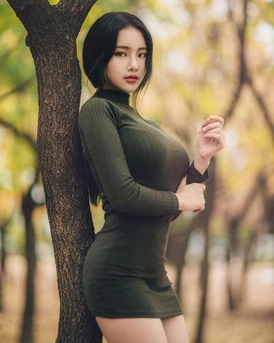 "Hot girl vong mot sieu khung khien bao nguoi ""mat ngu"""