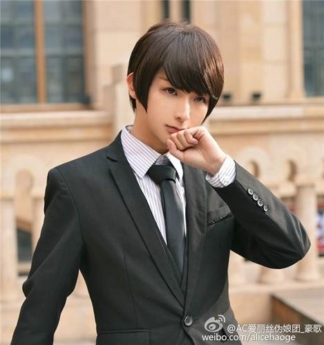 My nam Trung Quoc hoa cosplay xinh nhu con gai that-Hinh-10