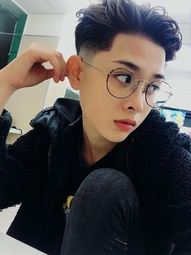Dien vien 9X Sai thanh gay bat ngo bang khuon mat dien trai-Hinh-2