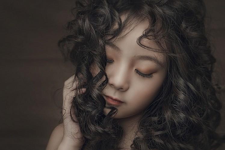 "Ngam co be 8 tuoi ""chuan hot girl"" khien dan mang xon xang-Hinh-4"