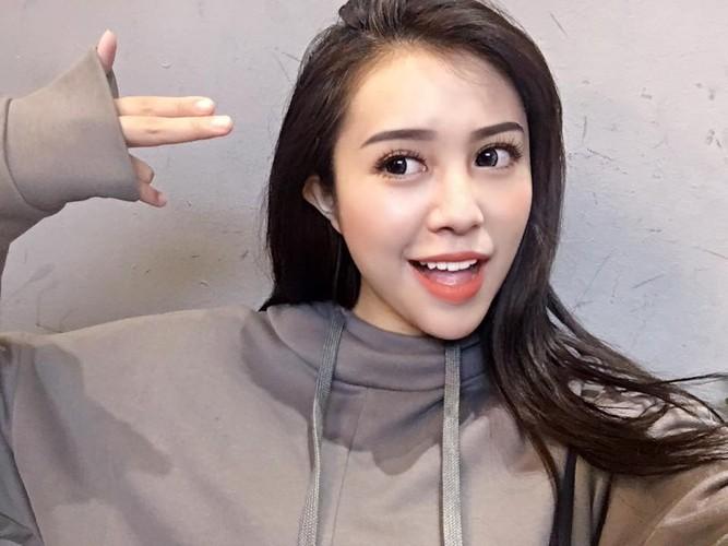 """Co gai Quang Ninh 19 tuoi dep """"mon mon"""" cuc noi tieng-Hinh-2"""