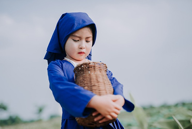 An tuong voi co be 8 tuoi hoa than thanh nang Tam