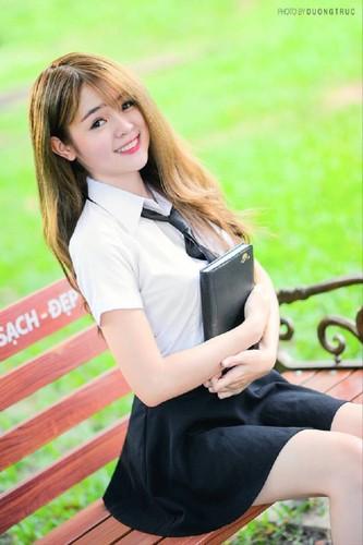 Co gai Phu Yen xinh dep khien dan mang me man-Hinh-3