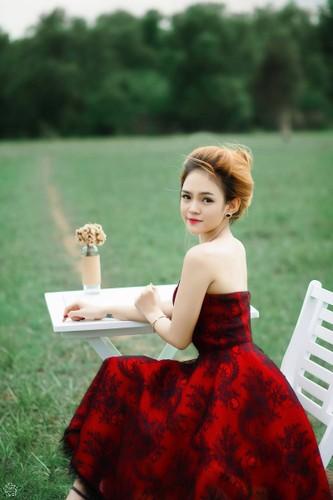 Co gai Phu Yen xinh dep khien dan mang me man-Hinh-4