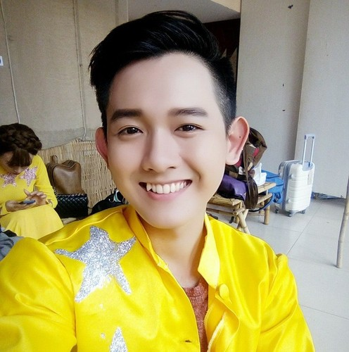 Chang trai Viet noi tieng nho chi mot buc anh-Hinh-3