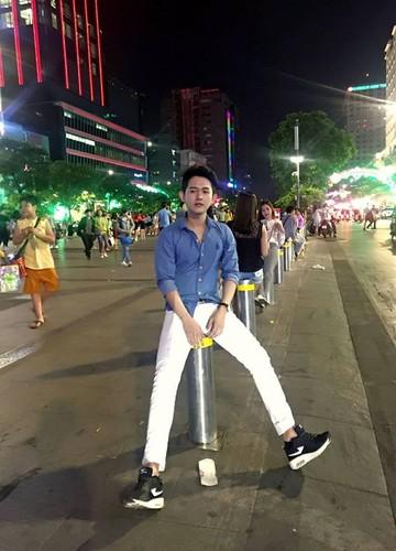 Chang trai Viet noi tieng nho chi mot buc anh-Hinh-5