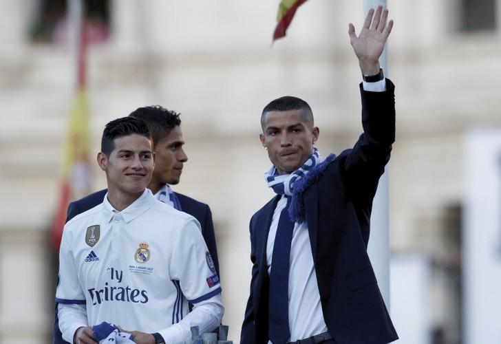 Chuyen nhuong bong da moi nhat: Cristiano Ronaldo doi roi Tay Ban Nha-Hinh-8