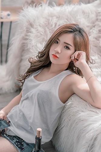 Nhan sac dep tua trang ram cua nu sinh Hai Duong-Hinh-8