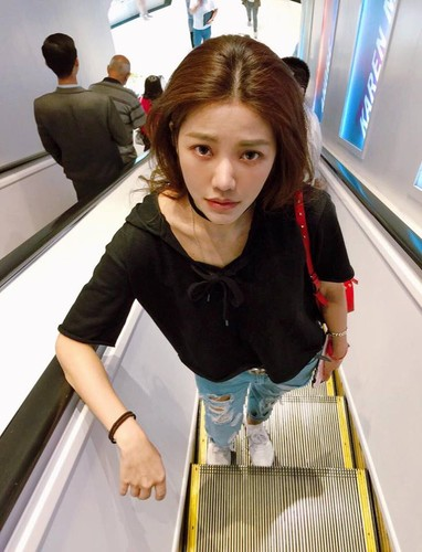 """Hot girl """"trieu like"""" Dai Loan gay soc nho mat moc cuc xinh-Hinh-4"""