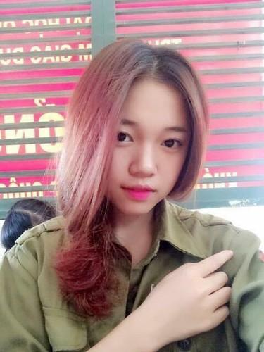 Guong mat moc cua co gai 9X noi tieng nho live stream-Hinh-3
