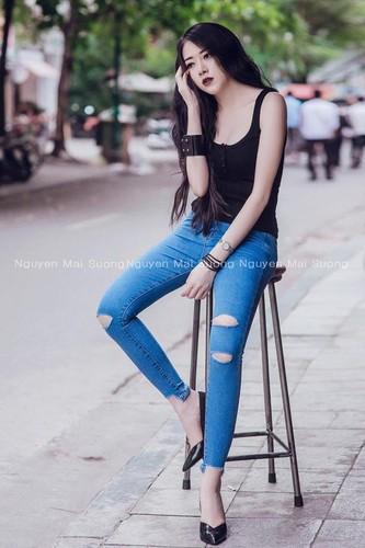"""Co gai Quang Binh voi guu thoi trang """"den ma chat""""-Hinh-8"""