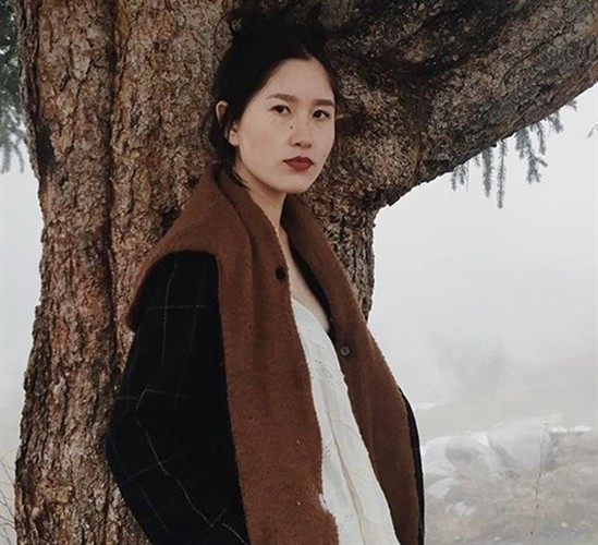 Nhan sac tieu thu Kyrgyzstan gay tranh cai vi anh cho con bu-Hinh-9