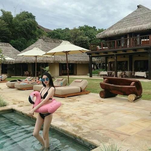 Nu bac si xinh dep hop hon trai tre khi dien bikini-Hinh-5