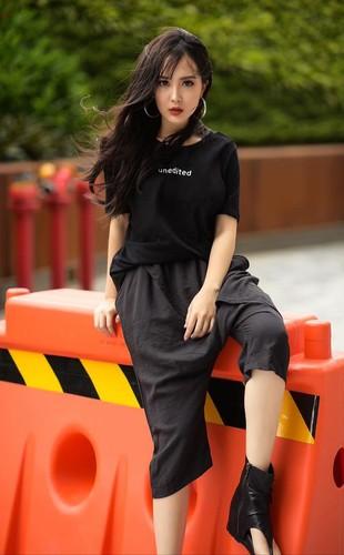 """Chi cao 1m53, """"hot girl nam lun"""" van lam van nguoi me man-Hinh-9"""