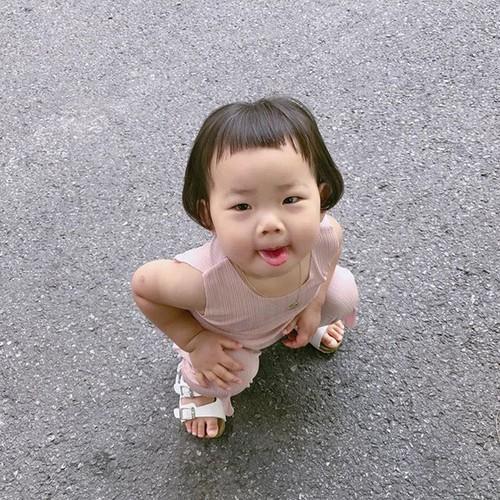 """Be gai Han Quoc noi tieng voi mai toc """"gao dua""""-Hinh-7"""