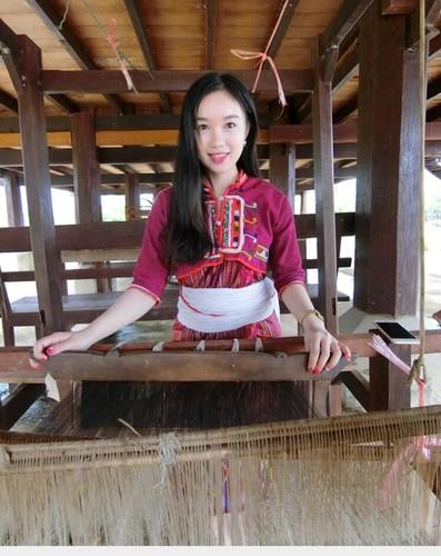 Thieu nu Lao va uoc mo lam bac si tai Viet Nam-Hinh-3