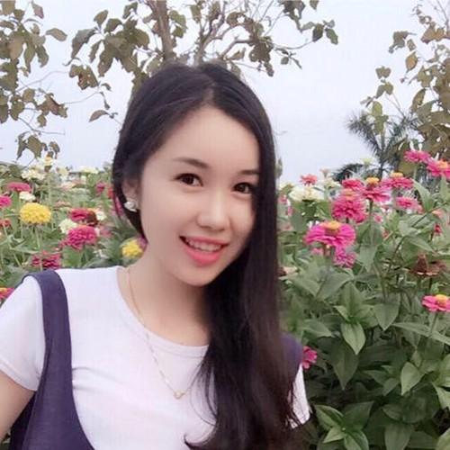 Thieu nu Lao va uoc mo lam bac si tai Viet Nam