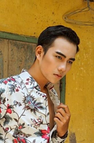 Nam sinh truong Dien anh chinh phuc fan nu bang ve dep trai-Hinh-10