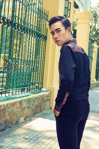 Nam sinh truong Dien anh chinh phuc fan nu bang ve dep trai-Hinh-6