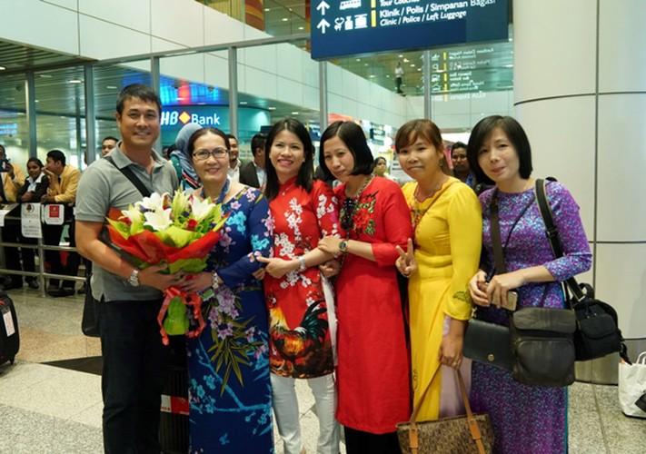 Vua dat chan den Malaysia, U22 Viet Nam da duoc san don-Hinh-5