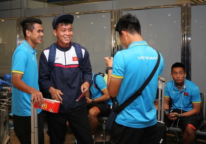 Vua dat chan den Malaysia, U22 Viet Nam da duoc san don-Hinh-8