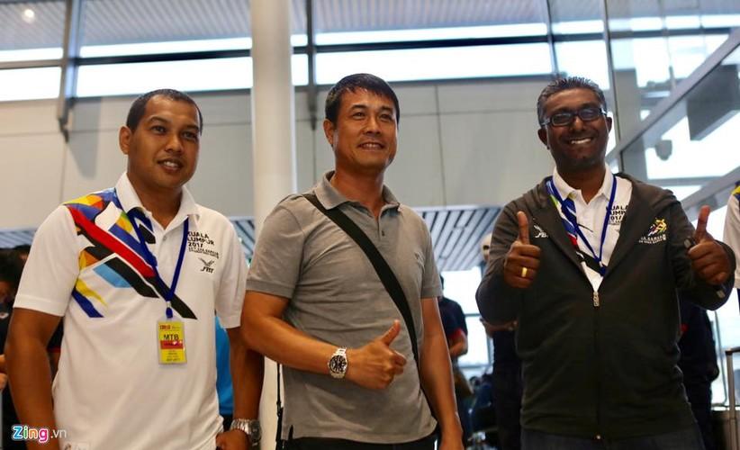 Vua dat chan den Malaysia, U22 Viet Nam da duoc san don